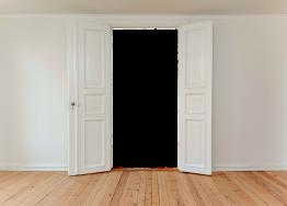 Проем входной двери - чем его можно отделывать?